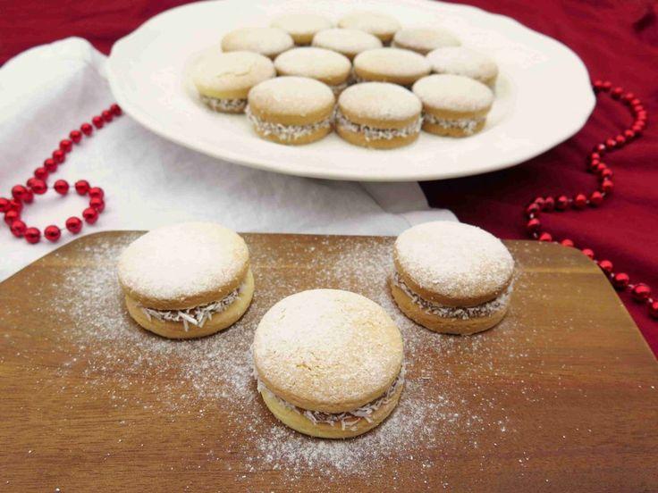 Argentinské alfajores - sušenky s dulce de leche a kokosem // Ochutnejte svět - blog mezinárodní kuchyně