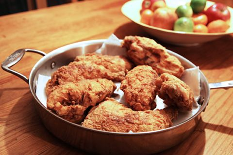 12 Perfectly Portable Picnic Foods: Buttermilk Fried, Chicken Recipes, Picnic Foods, Food Ideas, Portable Picnic, Yummy, Fried Chicken