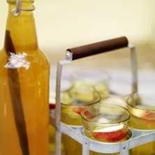 Päron/äppelsaft med vanilj och lime - Recept - Tasteline.com