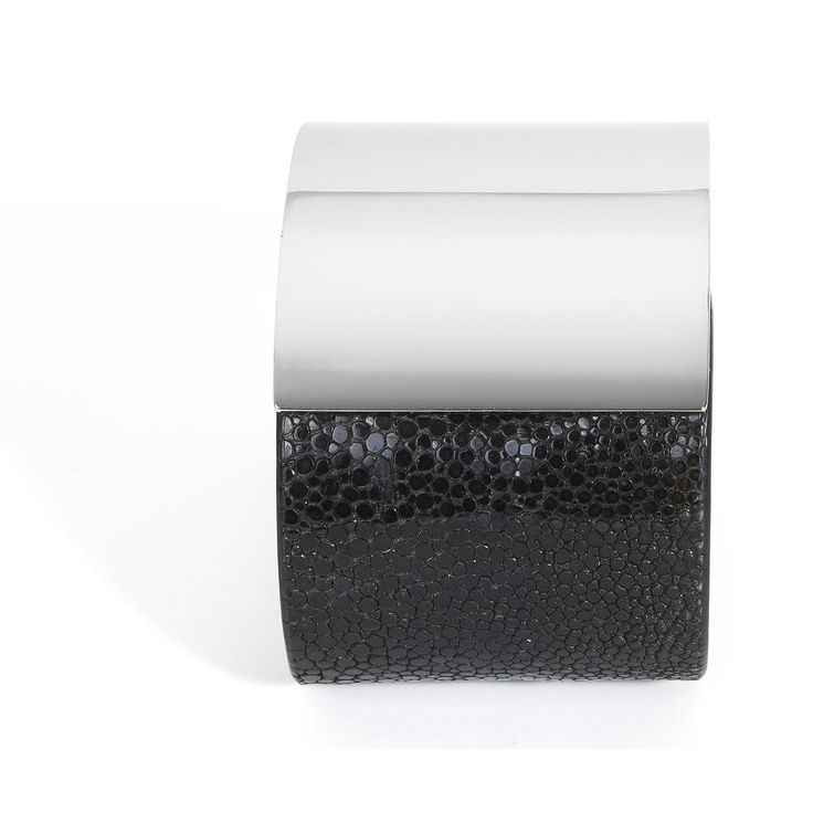 Momentum, a cuff bracelet in black shagreen and silver-plated brass, hand crafted in a sleek and sophisticated design is the signature piece of De Galluchat.  #treasurethemoment #momentum #cuff #shagreen #degalluchat #galuchat #silver