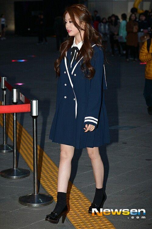 Jiyeon Fashion Week