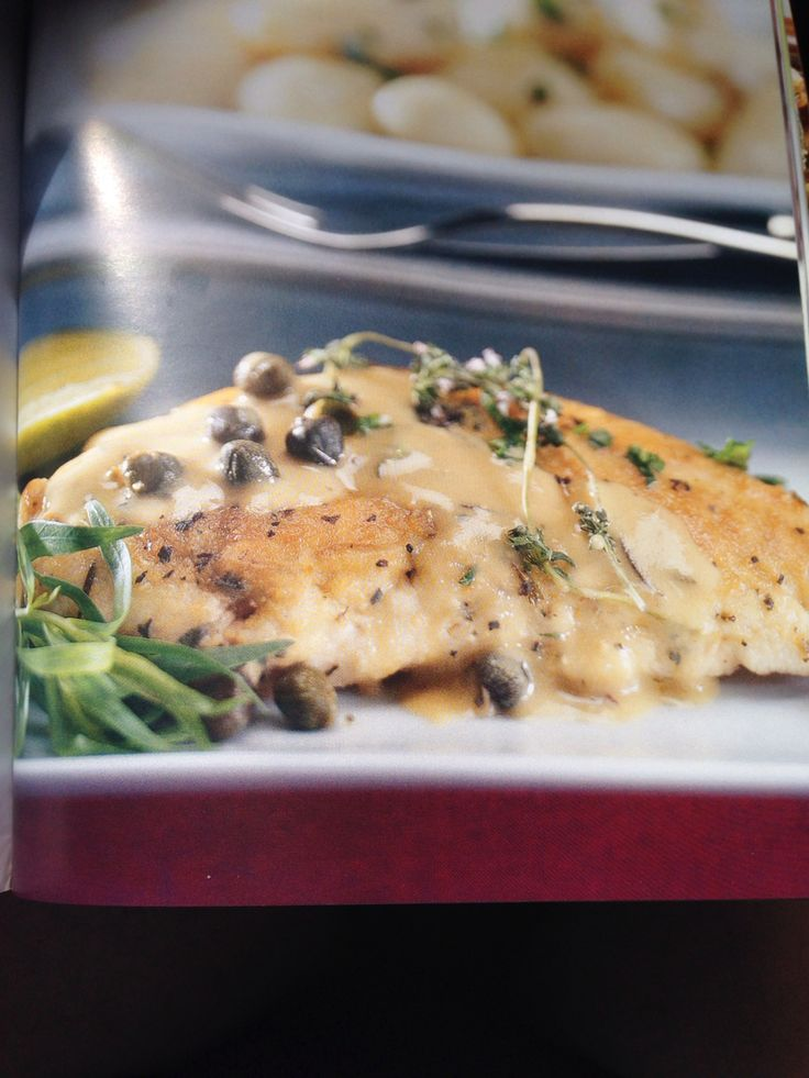 Turkey breast with lemon and capers