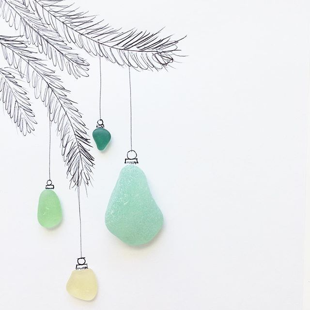 Making spirits bright. #seaglass #beachglass