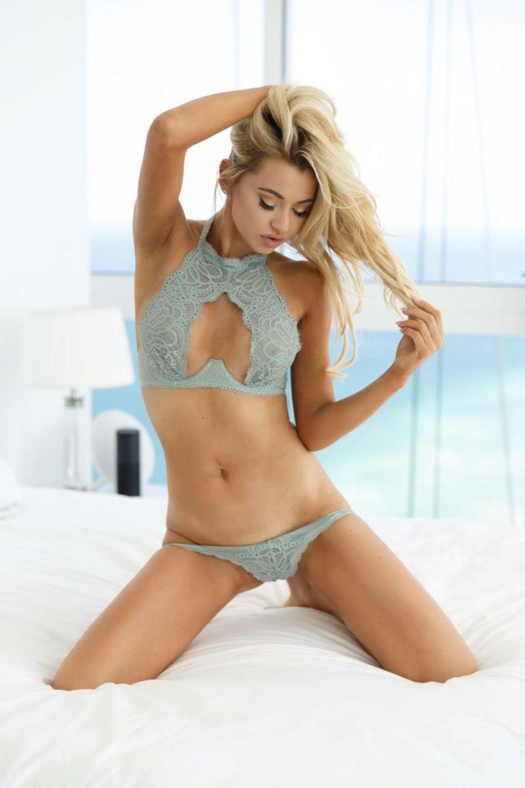 Playboy Playmate Sherra Michelle Shares Her Fitness & Diet Secrets: https://www.womenfitness.net/sherra-michelle/