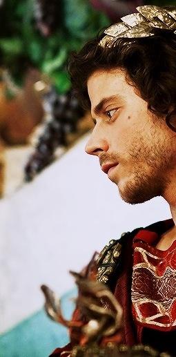 Francois Arnaud as Cesare Borgia can't cope