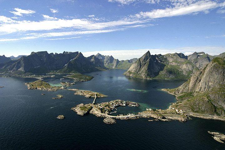 Sweden: Scandinavian Cabins, Favorite Places, Nordic Country, Pictures, Lofoten Islands, View, Coolest Cabins, Norway, Rorbuer Hut