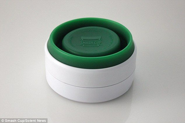 A new collapsible coffee cup gives drinkers a chance to grab their caffeine fix on the go ...
