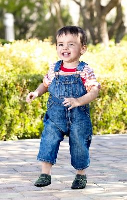 Best walking shoes for infants and toddlers
