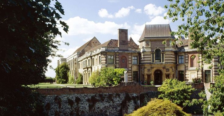 Eltham Palace. Part art deco, part medieval royal palace - the childhood of Henry VIII