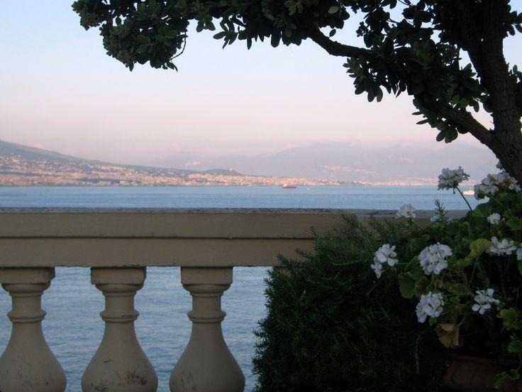 Vista sul Golfo di Napoli