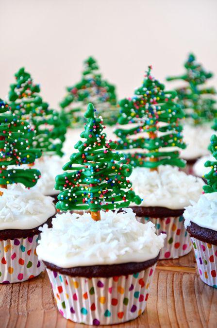 Chocolate Christmas Tree Cupcakes from justataste.com