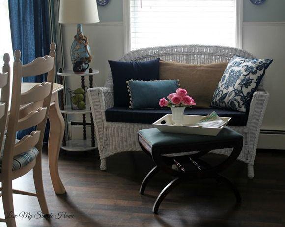 white-wicker-furniture