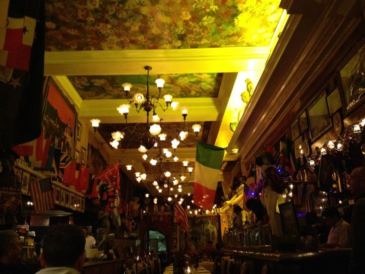 Mona Lisa Restaurant in San Francisco, CA