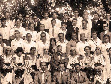 http://sociologia-azi.ro/2013/09/23/dimitrie-gusti-1880-1955/