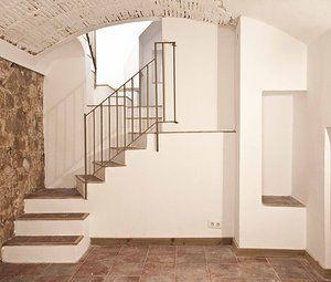 Interior at La Barceloneta (Barcelona) by Carles Coll & Berta Coll #CarlesColl #BertaColl #arquitectura #architecture #interior #decoracion #interiorismo #decoration #rehabilitacion #rehabilitacio #Barcelona #Barceloneta