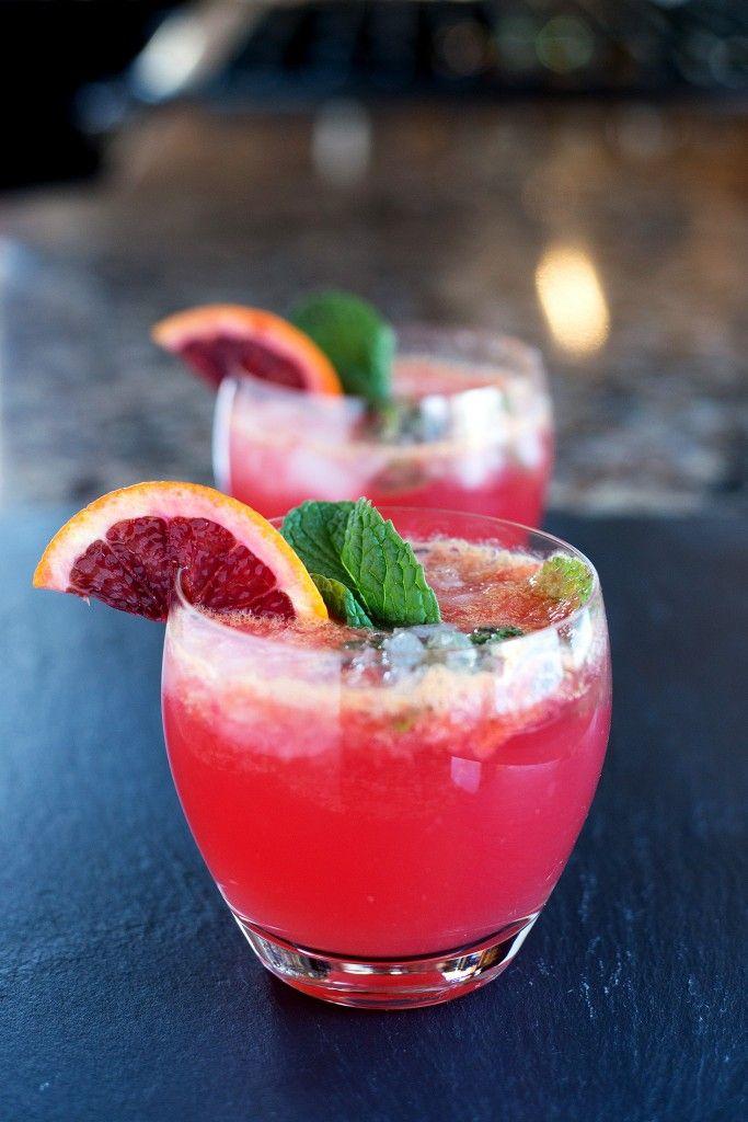 Blood Orange Mojito 8-10 fresh mint leaves ½ lime 1 blood orange 1-2 tbsp sugar (to taste) 1-2 ounce white rum (to taste) ½ cup club soda ½ cup crushed ice