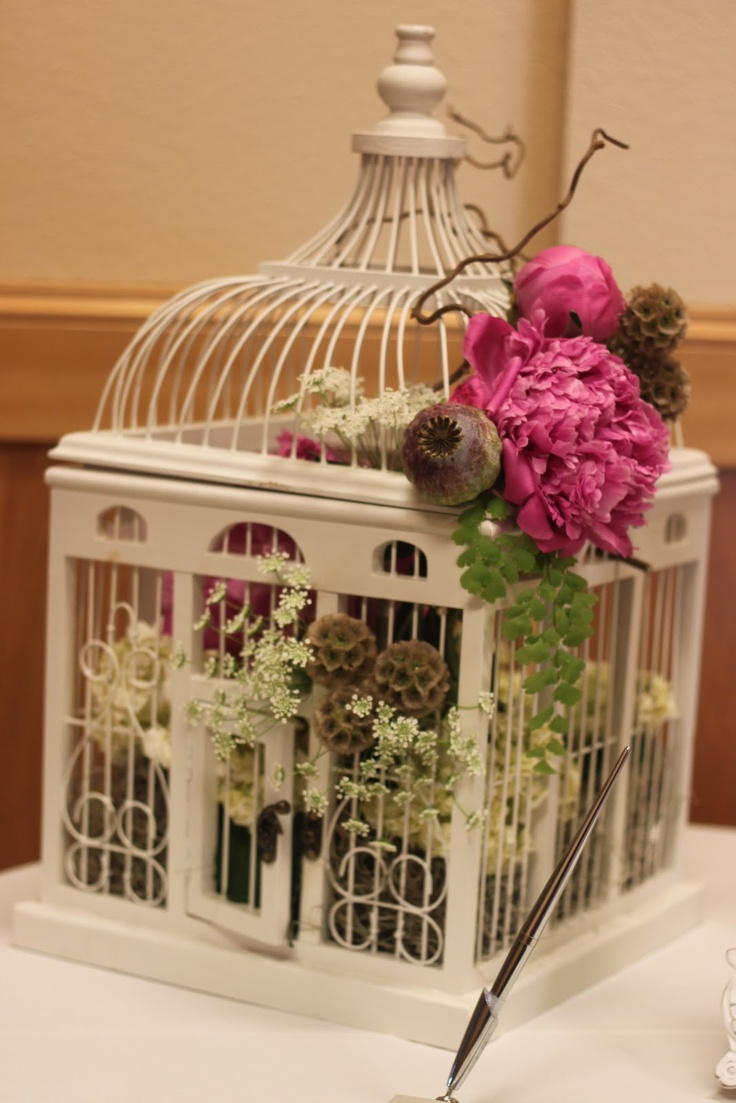 Wedding Decor, Birdcage Centerpiece With Flowers: Birdcage Centerpieces:  the Symbol of the Commitment