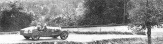 Milésimas: Un 21 de septiembre de 1930 se disputaba el XXIV Gran Premio del Automóvil Club de Francia en Pau con el triunfo de Philippe Etancelin y en 1933 Nacía el piloto y dueño de equipo estadounidense Dick Simon. http://milesim.blogspot.com.ar/2015/09/un-21-de-septiembre.html