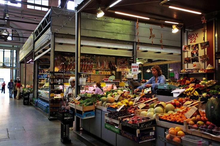 One of my favorite indoor Italian markets in Ravenna. A feast for the eyes! - Repinned by Ildikó Boros [ #ravenna #myRavenna]
