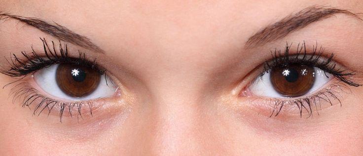 La cura degli occhi non è solo un fatto di estetica. E ci sono disturbi da non sottovalutare. Occhi gonfi e arrossati? Un sintomo da non sottovalutare, specie ora che ci avviciniamo ai mesi estivi. Prendersi cura dei propri occhi, infatti, non è solo questione di estetica. È avere la giusta e necessaria attenzione per …
