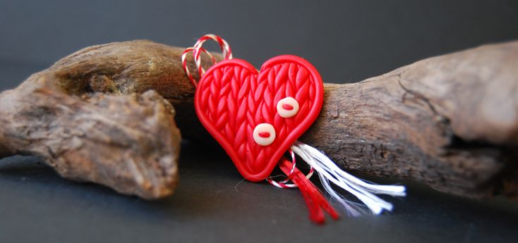 knitted heart polymer clay, martisor inima tricotata din fimo
