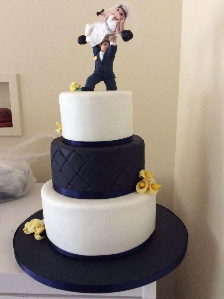 Fitness enthusiasts wedding cake