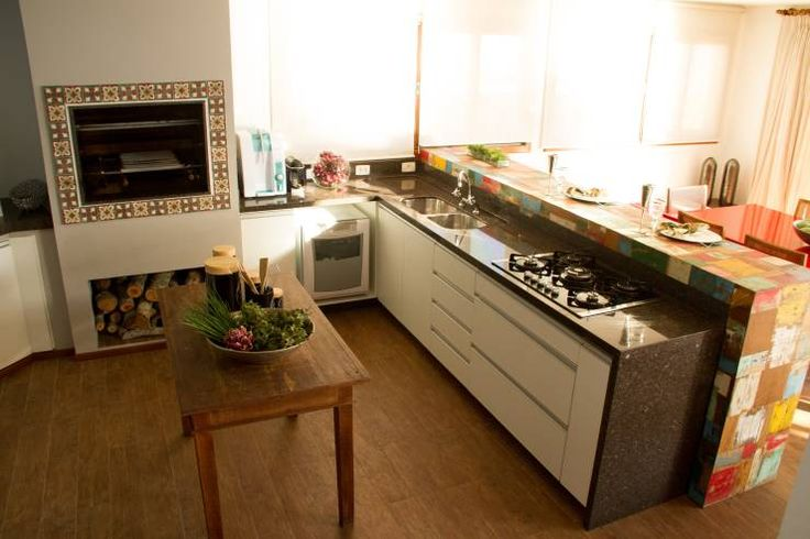 Casa de Praia: Cozinhas rústicas por Espaço do Traço arquitetura