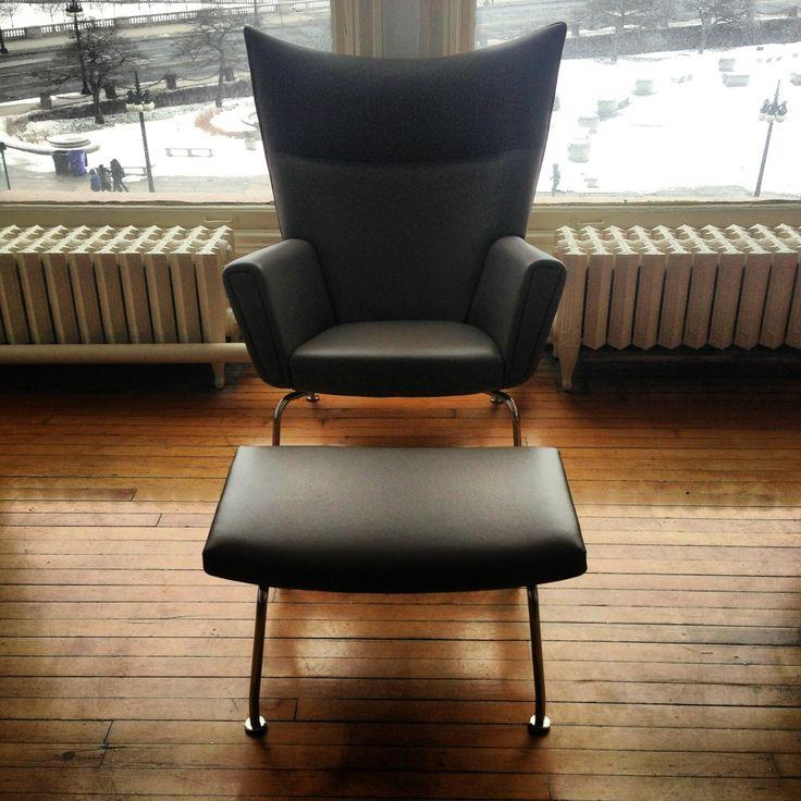wegner wing back lounge chair reproduction wwwmodernclassicscom chair 2460 ottoman 650