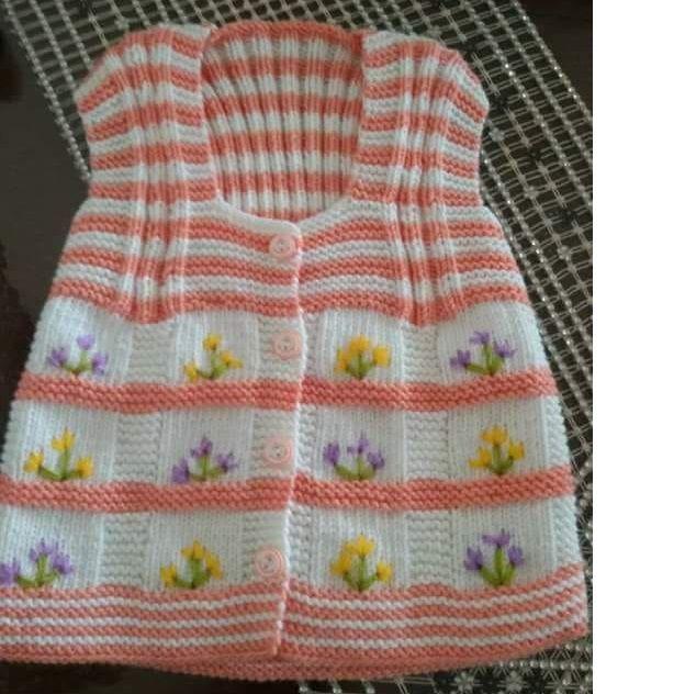 Büyük Kesme Şeker Örneğinde Çiçek Süslemeli Çocuk Yeleği Yapımı. 2 Yaş 37
