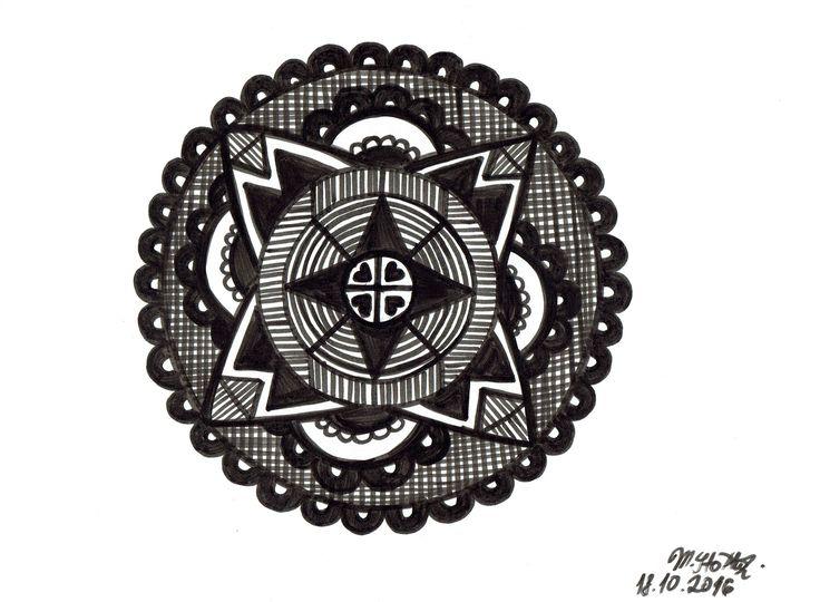 IG: @maggie_creates_  simple mandala design