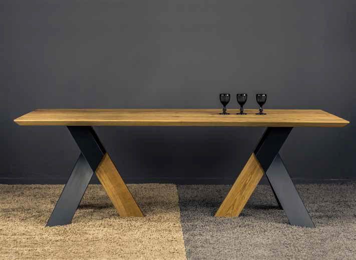 ΤΡΑΠΕΖΑΡΙΑ FLEX   Τραπέζι σε ξύλο ρουστίκ δρύς με μεταλλικό πόδι   Ελληνικής κατασκευής με μεγάλη επιλογή αποχρώσεων του ξύλου και στο μεταλλικό πόδι.  Διαστάσεις 200 cm x 100 cm + 45 cm προέκταση φύλου.      *Παράγεται σε ότι διάσταση επιθυμείτε