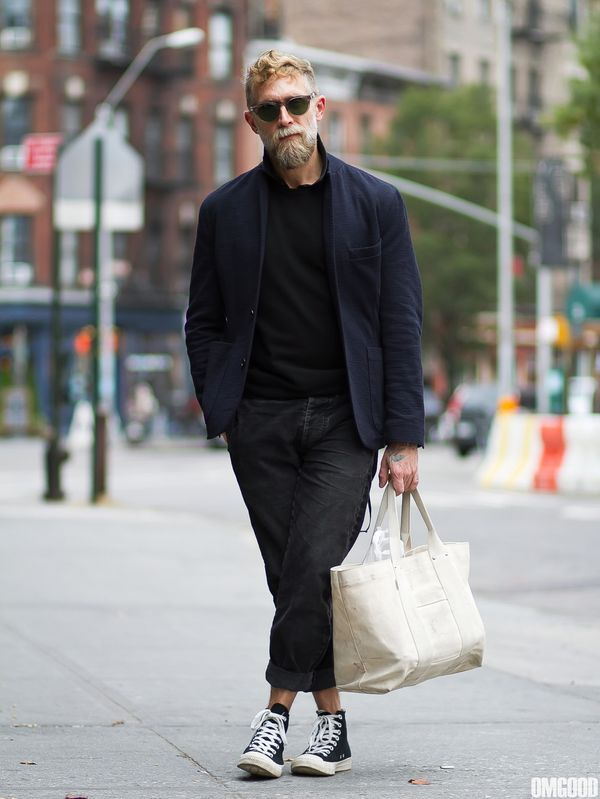 【2016新着】黒スニーカーを使ったメンズコーデ50連発|白もいいけどやっぱ黒がいい!|JOOY [ジョーイ]