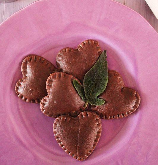Ravioli al cacao con ripieno di pere e taleggio - Powered by @WP Ultimate Recipe