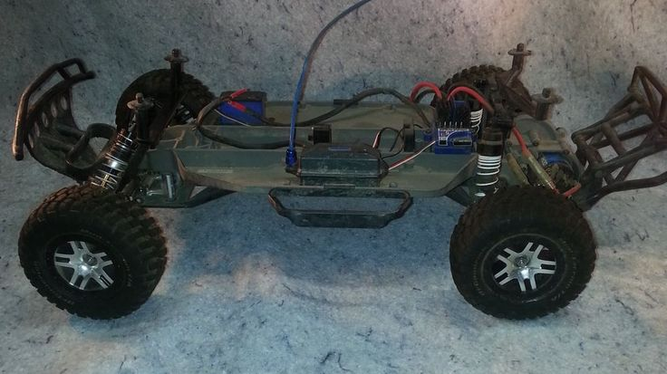 Traxxas Ford F-150 SVT Raptor Electric RC Truck Chasis with electronics.... #Traxxas