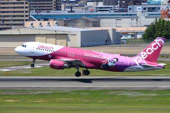 JA816P - Peach Aviation Airbus A320 photo (15 views)