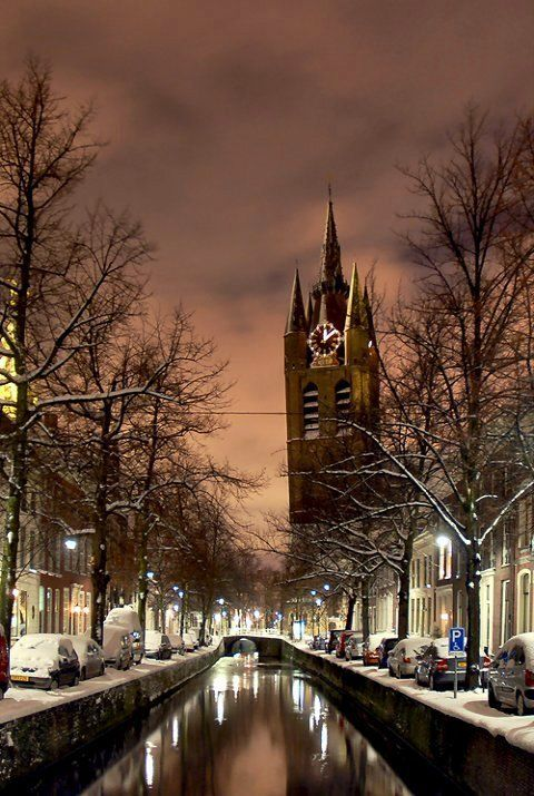Old Church and Old Canal in Delft, Holland_The beauty of snow | by Lennert van den Boom