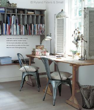 Rustic style office desk Love those shutters