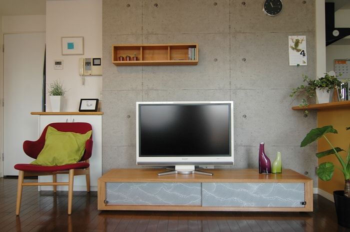 最近では家に和室を設けたり障子や襖(ふすま)を間仕切りに取り入れたりと、日本の伝統的な様式が再び注目を集めてい […]