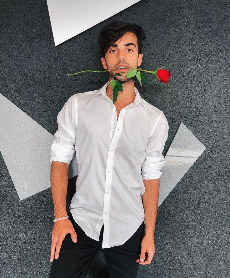 "451.4 mil Me gusta, 26.1 mil comentarios - Federico Vigevani (@dosogasfede) en Instagram: ""Feliz San Valentín """