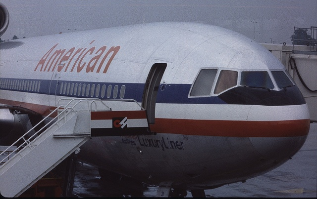 AMERICAN AIRLINES dc-10 | McDonnell Douglas DC-10-10 N151AA American Airlines, London - Gatwick ...