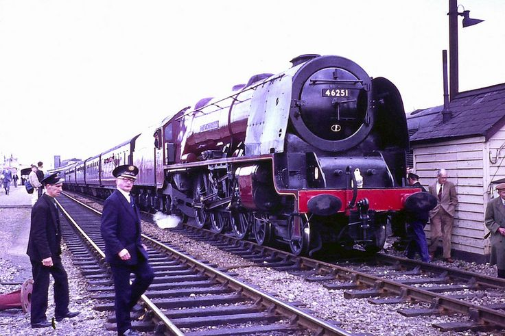 """46251 'City of Nottingham' on 'The East Midlander'  46251 seen here at Didcot station 9th May 1964 on an RCTS """"East Midlander"""" special from Nottingham to the rail Workshops at Eastleigh & Swindon. Photo via Fotorus"""