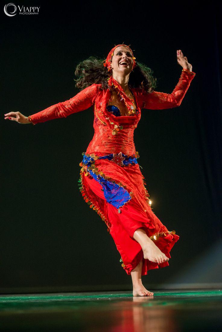 Sabrina Albano #insegnante di #danzaorientale . info@spazioaries.it - 0287063326
