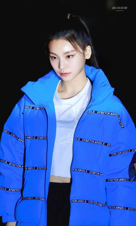 Pin by K-POP Idols on Itzy_Yeji in 2019   Kpop, Korean girl groups