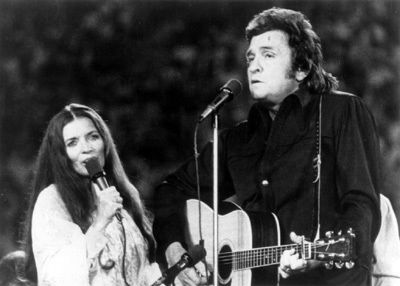 June &  Johnny Cash - Strawberry Cake (1976)