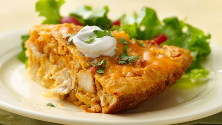 The great taste of chicken tacos baked in a pie. Impossible? No, it's impossibly easy!
