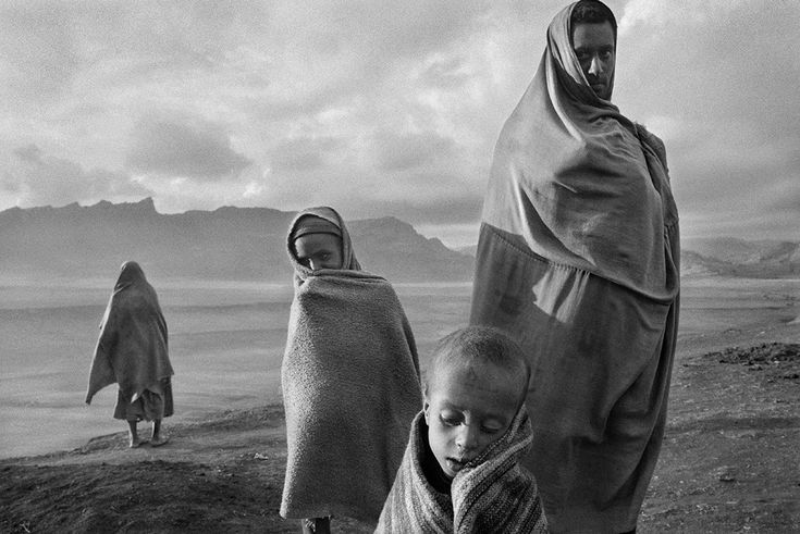Sebastiao Salgado, Refugees At The Korem Camp, Ethiopia, 1984