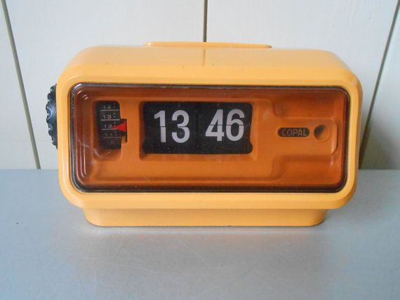 Vintage 1970s COPAL Flip Clock with alarm  Yellow Plastic  Made in Japan   Working. 1000  images about Kick Ass Flip Clocks   Vintage Clock Radios on