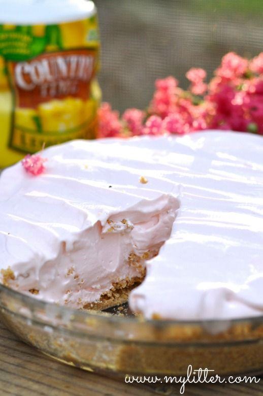 Pink Lemonade Pie Recipe http://mylitter.com/recipes/pink-lemonade-pie-recipe-2/