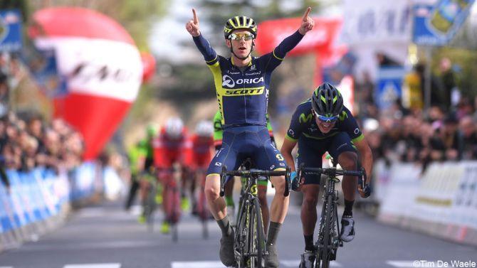 Een dag na de Strade Bianche hebben de renners de GP Industria & Artigianato gereden in Toscane. De Engelsman Adam Yates was de beste.