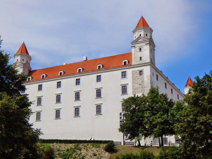 Záhrada na Bratislavskom hrade – Farebný svet
